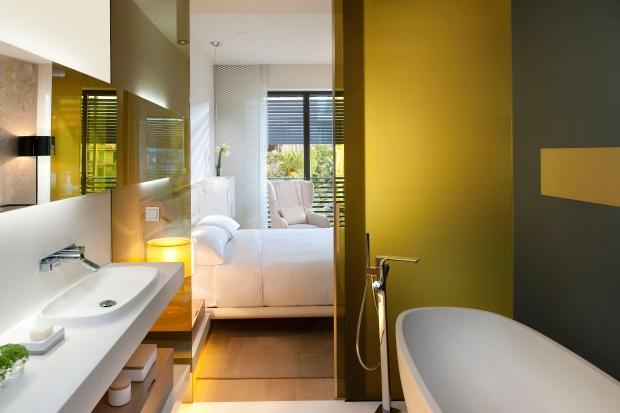 barcelona-room-deluxe-room-1